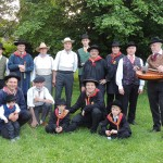 GENTIANES hommes costumes auvergnats